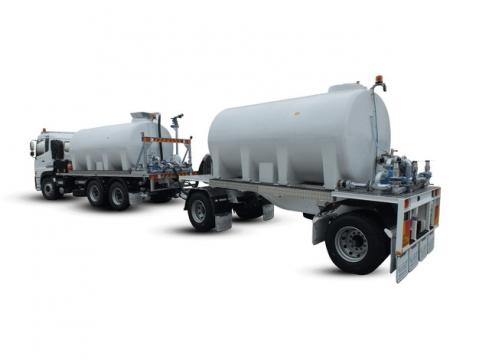 两节白色的槽罐车油罐车危险品运输卡车特种运输车挂车132786png图片素材