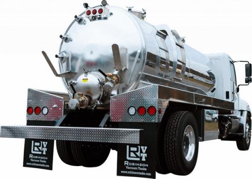 银色槽罐车油罐车危险品运输卡车后视图134136png图片素材