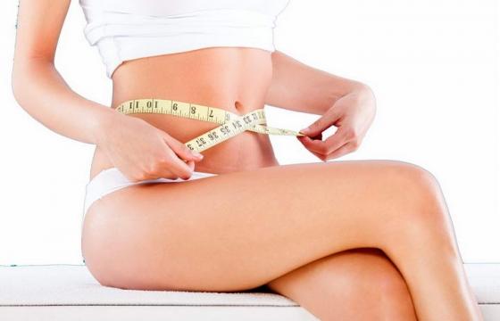 正在用卷尺量腰围的美女减肥图片png免抠素材