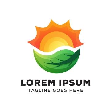 上面是太阳下面是绿色树叶logo设计方案图片免抠素材
